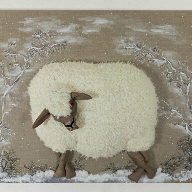 Le mouton sous les branches